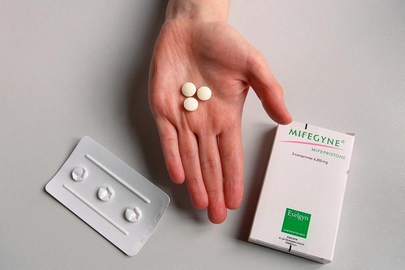 Как сделать прерывание беременности таблетки