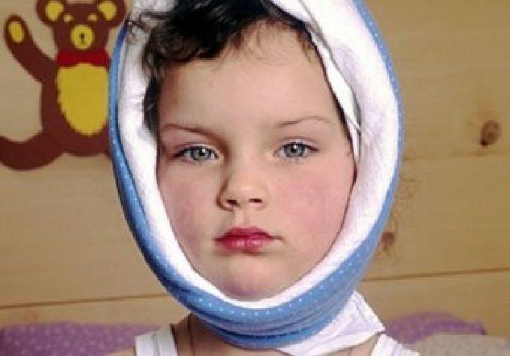 Чем снять боль в горле у ребенка 2 лет