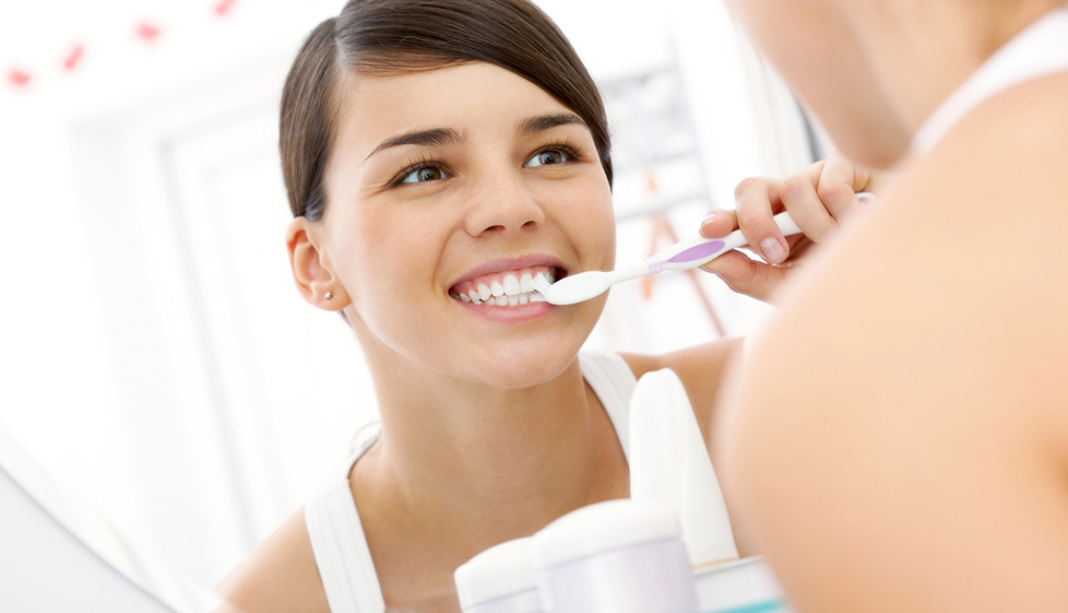 здоровье запах изо рта причина